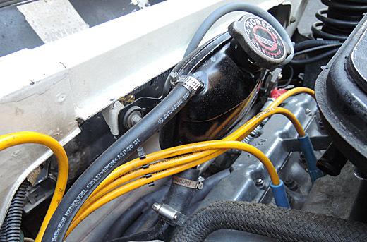 トンデモ修理15クーラントホース1-520.jpg